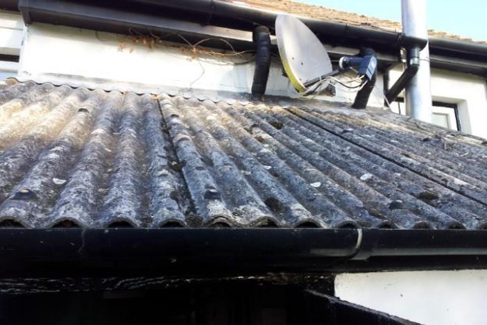 Oxford based asbestos survey team - RJS Waste Management UK Ltd