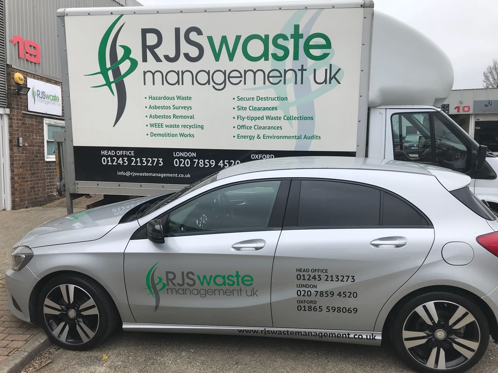 RJS Waste London car and waste removal van