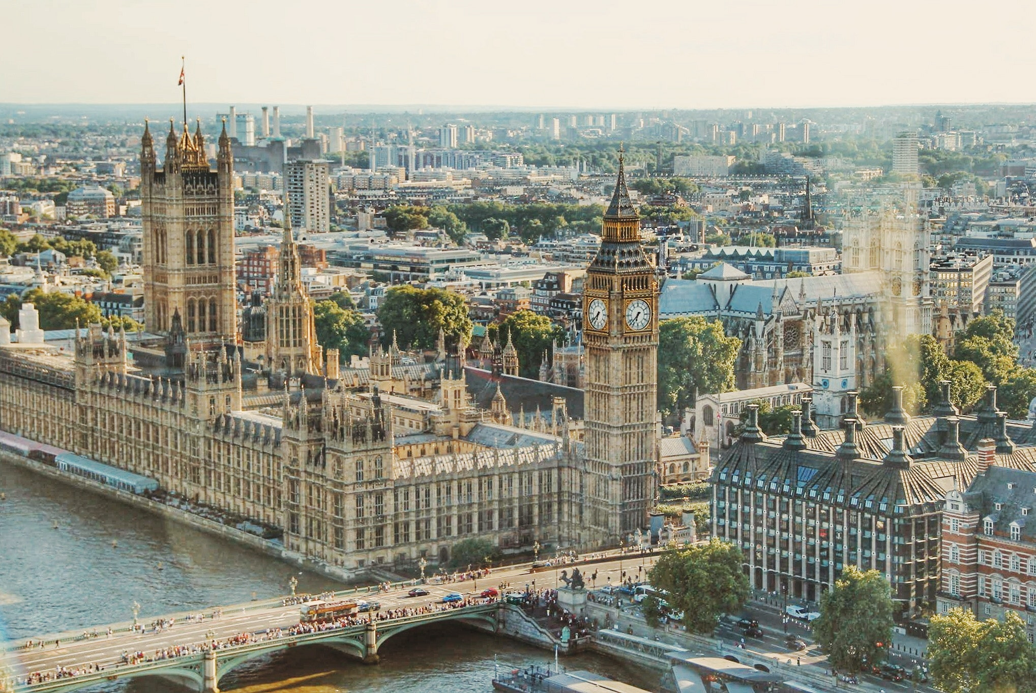 Big Ben contained asbestos in hidden service shafts that were not fully sealed