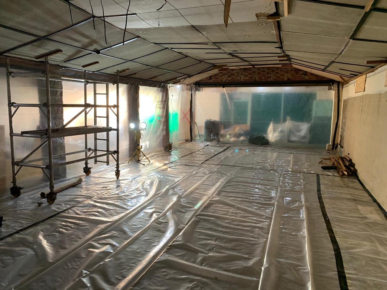 Asbestos removal, asbestos collection - Asbestos in older residential properties - Asbestos tiles in pre 1920's property