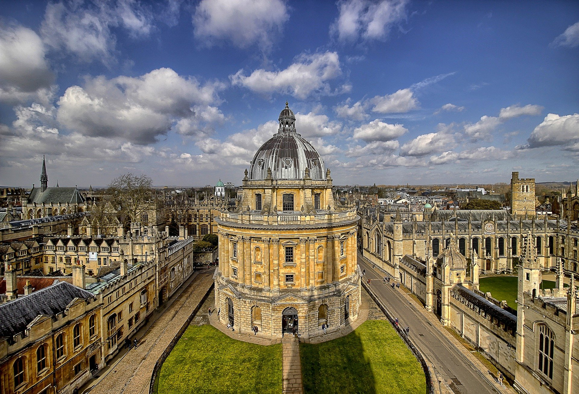 Oxford University: Asbestos surveys have been carried out at Oxford education buildings