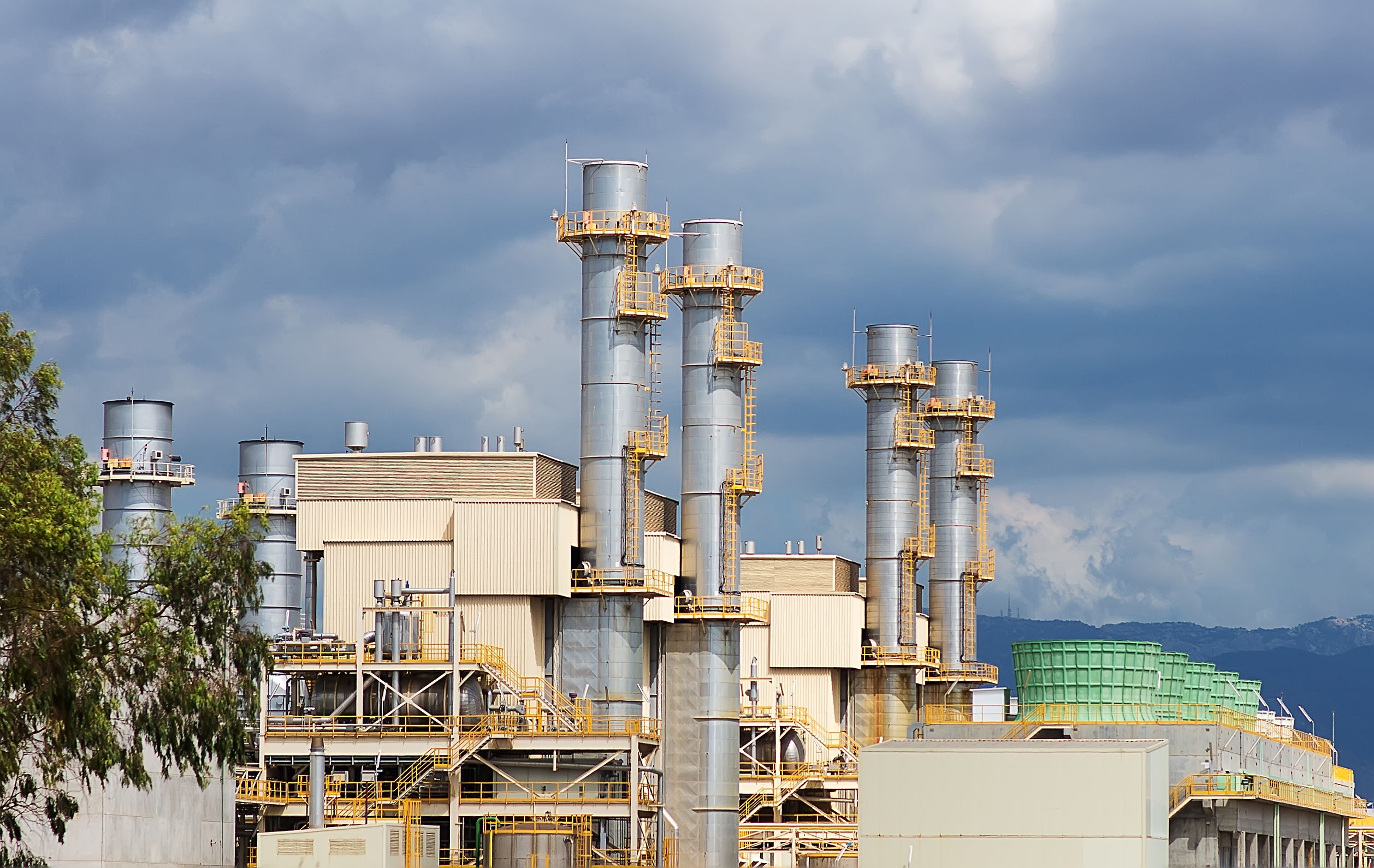 Hazardous waste disposal at an incineration plant